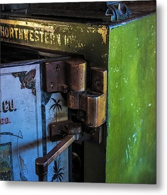 Metal Print featuring the photograph Northwestern Safe by Paul Freidlund