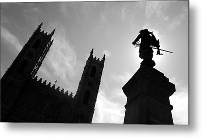 Metal Print featuring the photograph Notre Dame Silhouette by Valentino Visentini