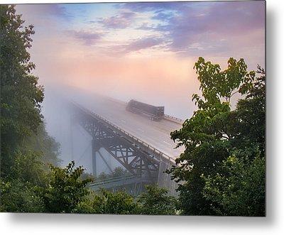 Nrb184 New River Bridge In The Fog Metal Print