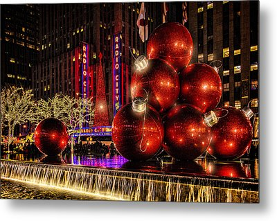 Metal Print featuring the photograph Nyc Holiday Balls by Chris Lord
