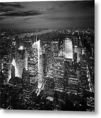 Nyc Times Square Metal Print by Nina Papiorek