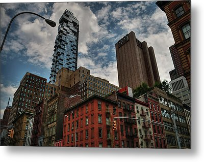 Metal Print featuring the photograph Nyc - Tribeca 002 by Lance Vaughn