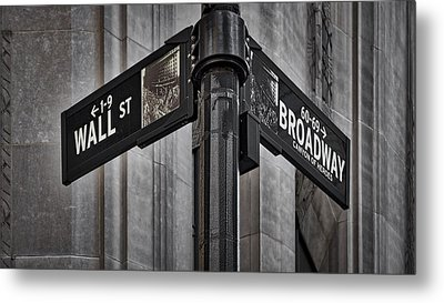 Nyc Wall Street And Broadway Sign Metal Print by Susan Candelario