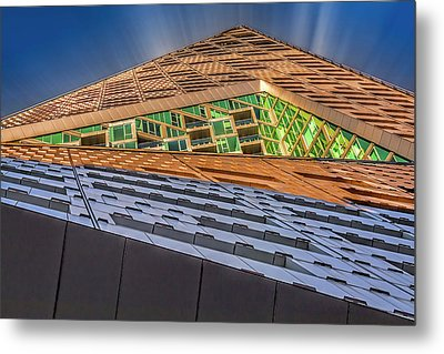 Metal Print featuring the photograph Nyc West 57 St Pyramid by Susan Candelario