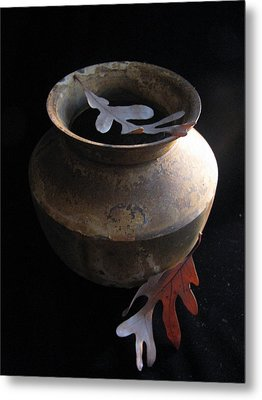 Oak Leaves And Urn Metal Print by Lindie Racz