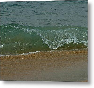 Ocean Wave Metal Print by Ernie Echols