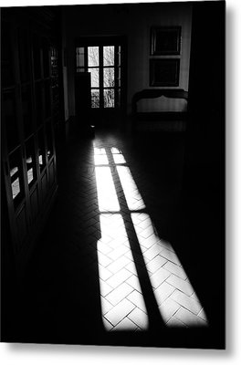 Of Lights And Shadows Metal Print by Andrea Mazzocchetti
