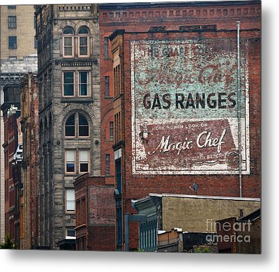 Old Advertisement On A Building In Pittsburgh Pennsylvania Metal Print by Amy Cicconi