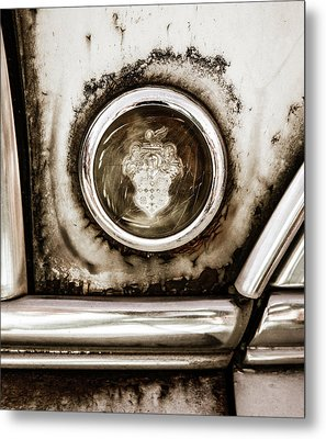 Metal Print featuring the photograph Old And Worn Packard Emblem by Marilyn Hunt