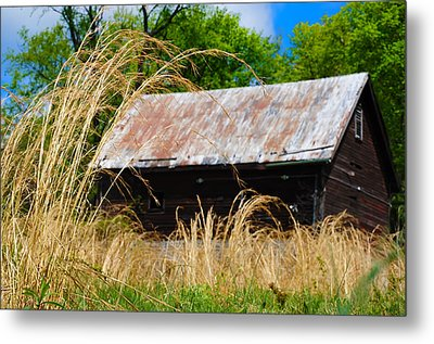 Old Barn In Roxborough Metal Print by Bill Cannon