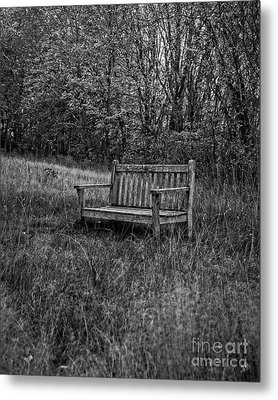 Old Bench Concord Massachusetts Metal Print by Edward Fielding