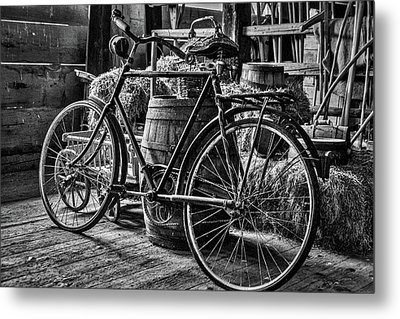 Metal Print featuring the photograph Old Bicycle by Stuart Litoff