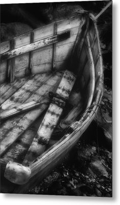Old Boat Stonington Maine Black And White Metal Print