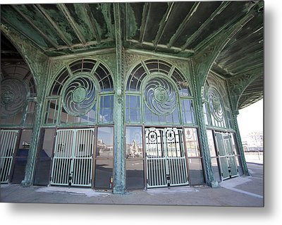 Old Carousel House Metal Print