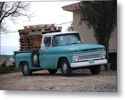 Metal Print featuring the photograph Old Chevy by Rob Hans