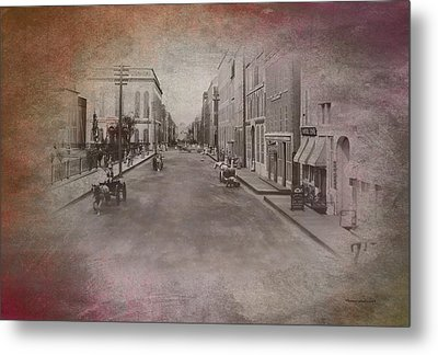 Old Chicago 01 Street View Textured Metal Print by Thomas Woolworth