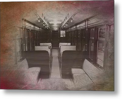 Old Chicago 05 Trains Textured Metal Print by Thomas Woolworth