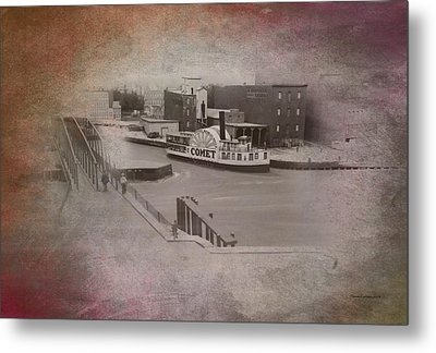 Old Chicago 10 River View Textured Metal Print by Thomas Woolworth