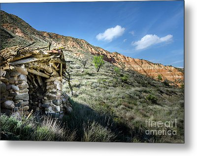 Old Country Hovel Metal Print by RicardMN Photography