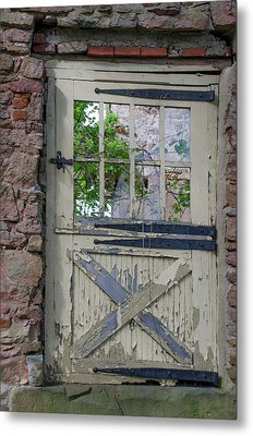Metal Print featuring the photograph Old Door From Bridgetown Millhouse Bucks County Pa by Bill Cannon