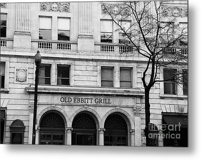 Old Ebbitt Grill Facade Black And White Metal Print