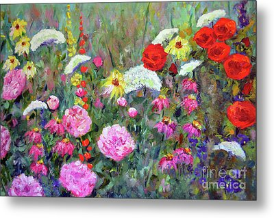 Old Fashioned Garden Metal Print by Claire Bull