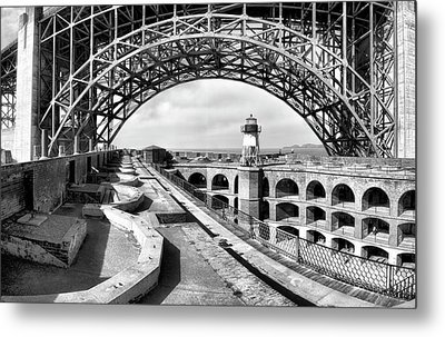 Old Fort Point Lighthouse Under The Golden Gate In Bw Metal Print