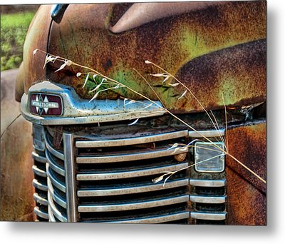 Old Grill Metal Print