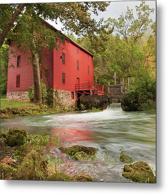 Old Historic Alley Spring Mill In Eminence Missouri Metal Print