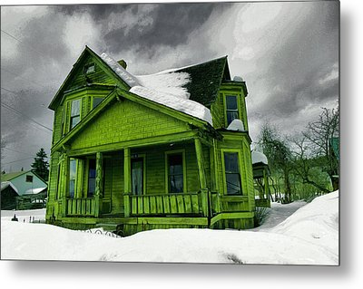 Metal Print featuring the photograph Old House In Roslyn Washington by Jeff Swan