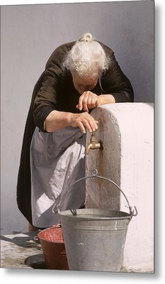 Old Lady With Water Pail Metal Print by Carl Purcell