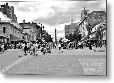 Old Montreal Jacques Cartier Square Metal Print by Reb Frost