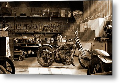 Old Motorcycle Shop Metal Print