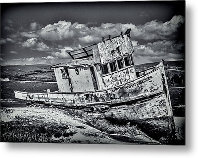 Old Point Reyes Black And White Metal Print by Garry Gay