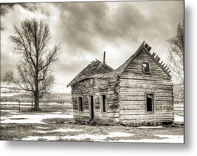 Old Rustic Log House In The Snow Metal Print