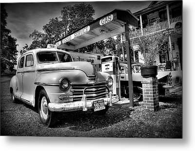 Old Taxi Metal Print by Todd Hostetter