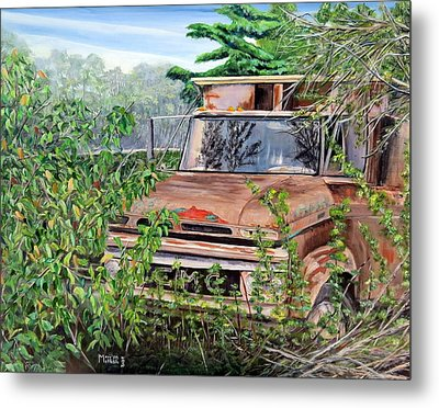 Old Truck Rusting Metal Print by Marilyn  McNish