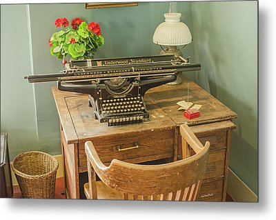 Old Underwood Typewriter Metal Print by Allen Sheffield