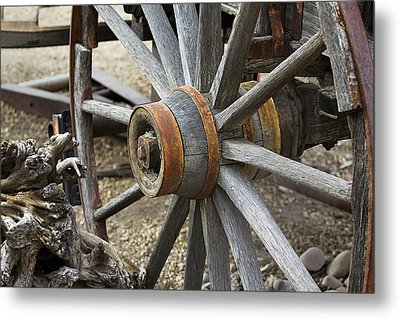 Metal Print featuring the photograph Old Waagon Wheel by Phyllis Denton
