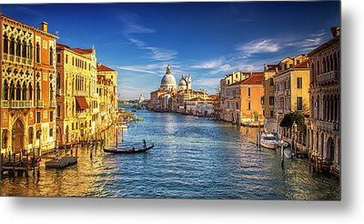 On The Grand Canal Metal Print by Andrew Soundarajan
