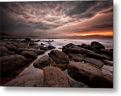 Metal Print featuring the photograph One Final Moment by Jorge Maia