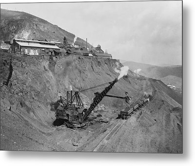 Open Pit United Verde Mine On Mountain Metal Print by Everett