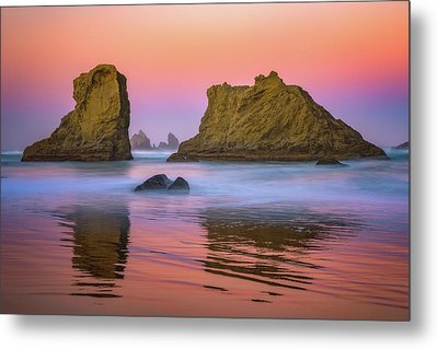Oregon's New Day Metal Print by Darren White