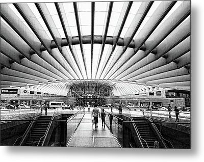 Metal Print featuring the photograph Oriente Station by Stefan Nielsen