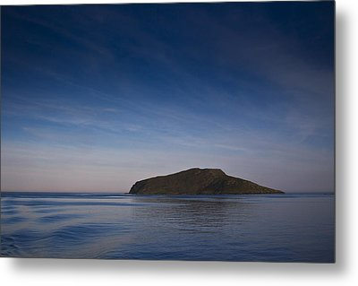 Outer Hebrides In Sunset Metal Print by Gabor Pozsgai