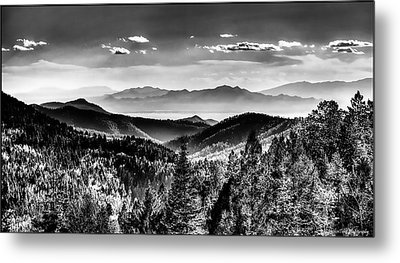 Overlooking The Southwest Metal Print