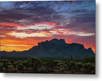 Metal Print featuring the photograph Painted Desert Skies Over The Supes  by Saija Lehtonen