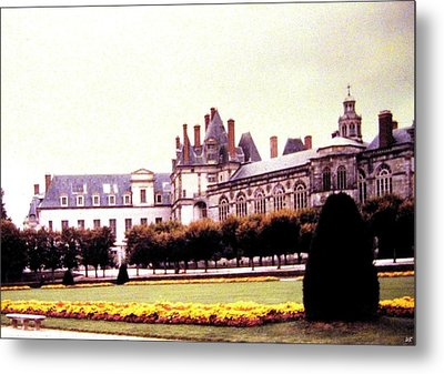 Palace Of Fontainebleau 1955 Metal Print by Will Borden