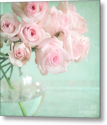 Pale Pink Roses Metal Print by Lyn Randle