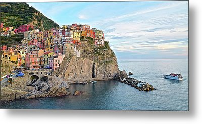Metal Print featuring the photograph Panoramic Manarola Seascape by Frozen in Time Fine Art Photography